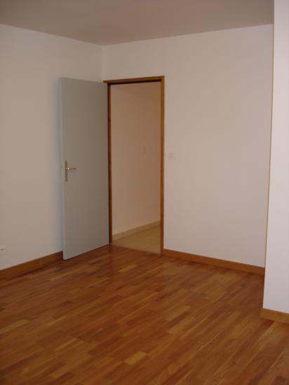 Menuiserie int rieure bloc porte parquet escalier for Menuiserie porte interieure